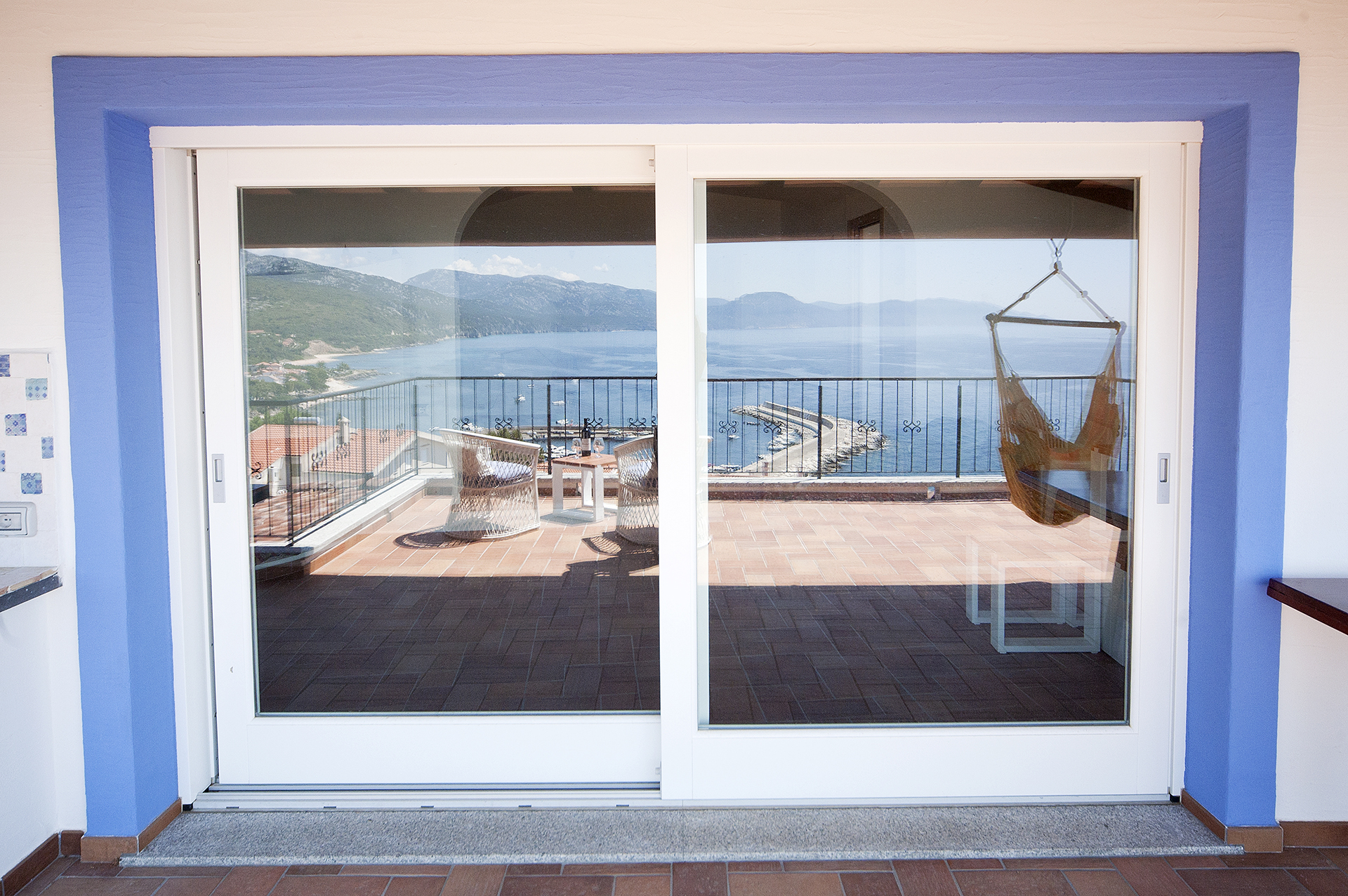 Affordable windows with infissi moderni for Costo infissi esterni